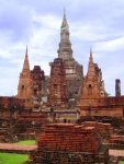 The Lotus-bud chedi rising from Wat Mahathat - Sukhothai Historical Park, Thailand (4)