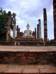 Seated Buddha, flanked by columns at Wat Mahathat - Sukhothai Historical Park, Thailand (6)