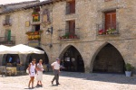 Arches of a restaurant on Main square - Ainsa, Spain (16)
