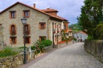 Calle de los Hornos, the road leading from the campsite to the town - Santillana del Mar, Spain (2)