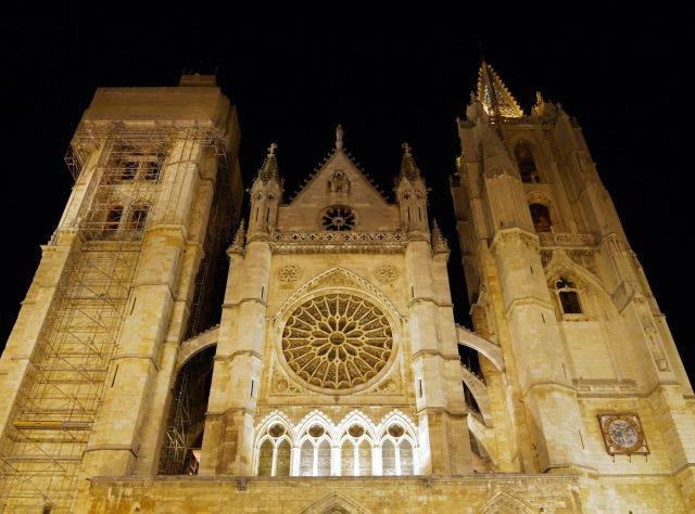 Illuminated façade of Leon Cathedral - León, Spain (18)