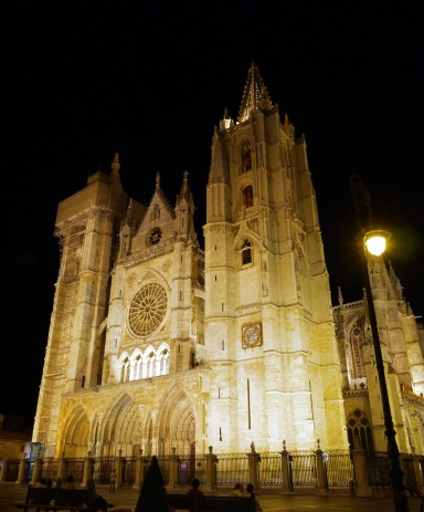 The illuminated façade of Leon Cathedral, at night - Leon, Spain (2)