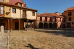The cobbled St. Mary of the Pilgrimage square or as its better known Grain square - Leon, Spain (26)