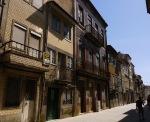 Interesting street facing façade on Rua de São Vicente - Braga, Portugal (4)