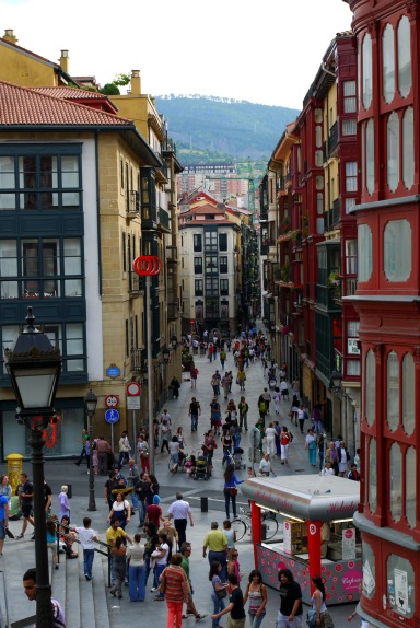 The view along the busy De La Cruz Kalea, taken from Miguel of Unamuno square - Bilbao, Spain (41)