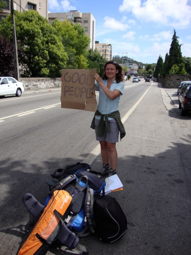 Good people sign, Hitch-hiking in Portugal