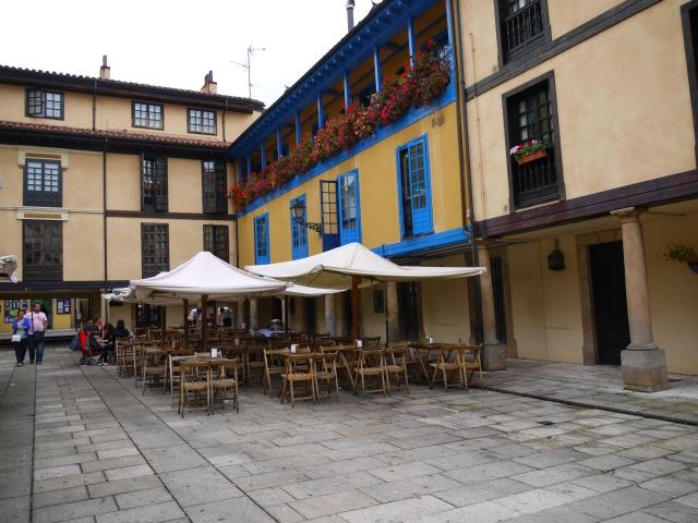 Plaza de Fontán - Oviedo, Spain (12)