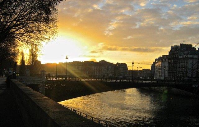 The Seine at sunrise, Paris, France - Beau-Daniel Robertson, Travel Photography Competition