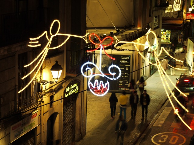Calle de l'Hospital, Barcelona, Spain - Christmas decorations, photography challenge