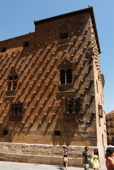 The unique façade of House of Shells, taken on Calle Compañía - Salamanca, Spain (35)