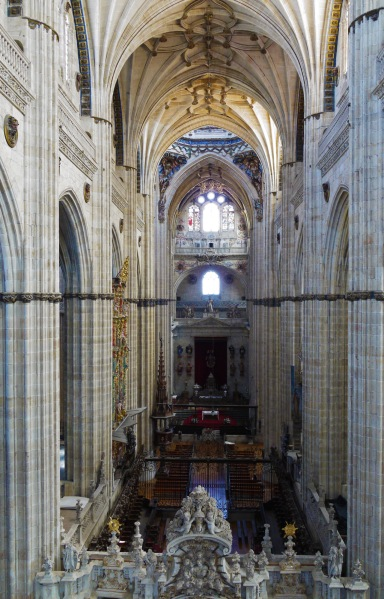 View along the nave and choir of New Cathedral Salamanca, taken from the upper balconies - Salamanca, Spain (68)