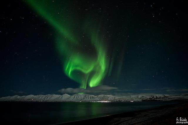 Fr brinks photography - heart-shaped northern lights over Eyjafjordur, Iceland