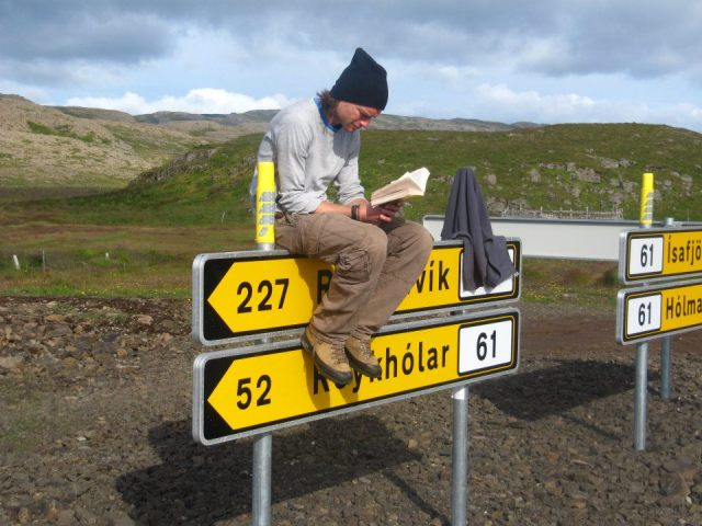 Tom Vogels stuck hitchhiking in Iceland