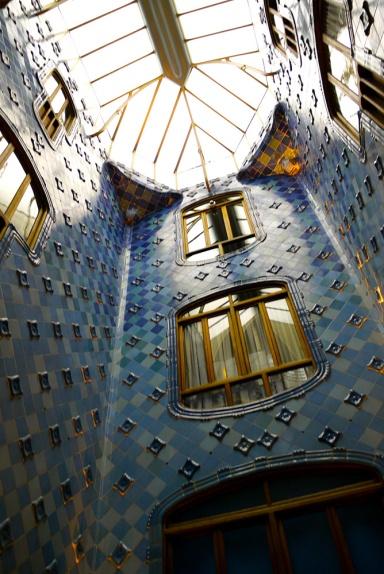 Casa Batlló, Barcelona, Spain  (9) - internal staircase