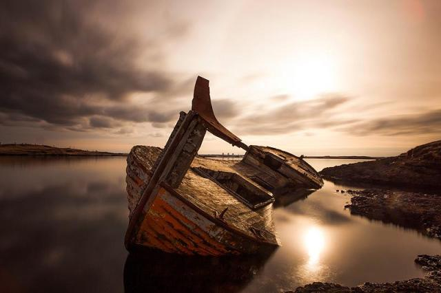 Fr brinks photography - old shipwreck in Iceland