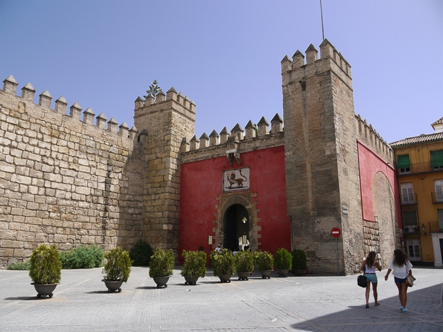 Sevilla, Spain (97) - Puerta de León the entrance to Reales Alcázares de Sevilla and its fortress walls