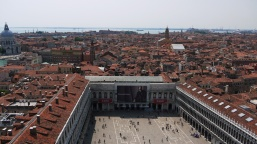 Venice: a tale of two cities