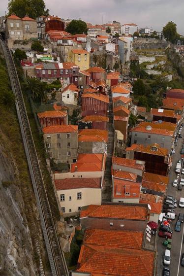 Porto, Portugal (83) - Funicular dos Guindais and Av