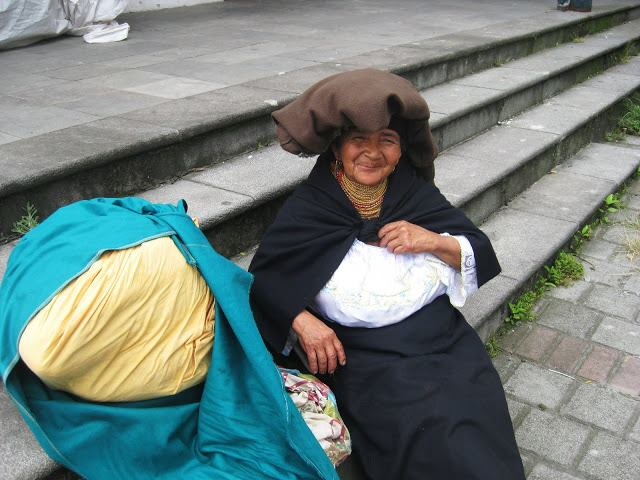 Rainey Travels - Lovely woman in Guapulo Neighborhood, Quito, Ecuador